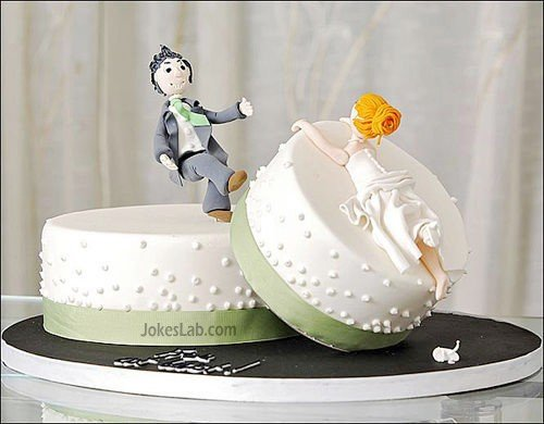 Funny wedding cake,  run away