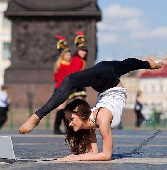 How Yoga girls use laptop?