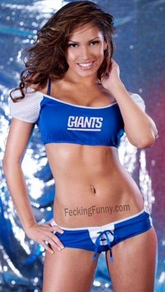 new-york-giants-football-cheerleader-girl