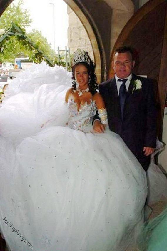 funny-bride-wedding-dress