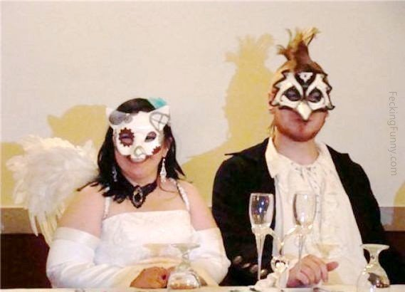 funny-wedding-costume