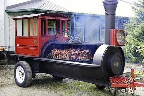 Train barbecue grill
