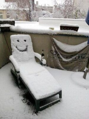 Funny snowman chair