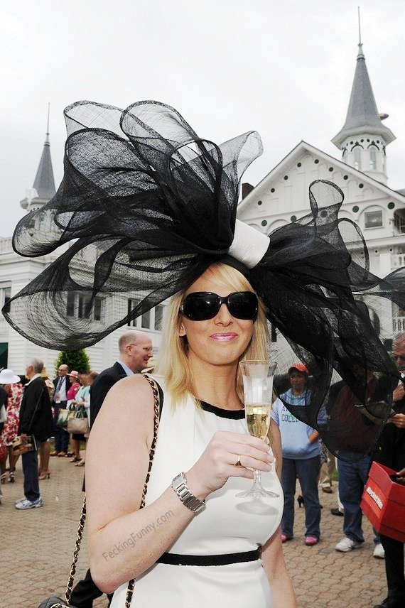 Most-Insane-Types-Kentucky-Derby-Hats-lady