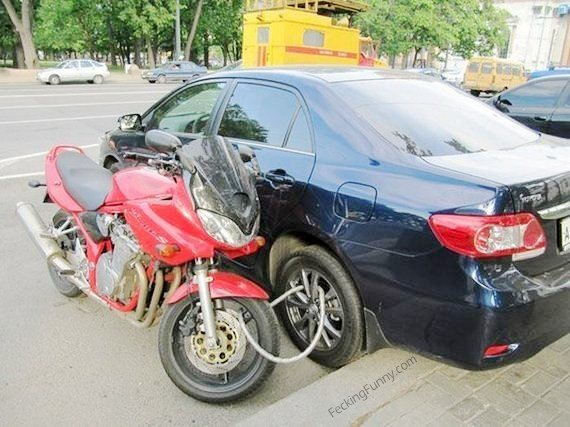 how to lock motorbike in Russia