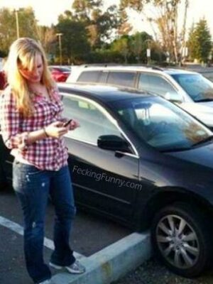 Woman parking: she did it!