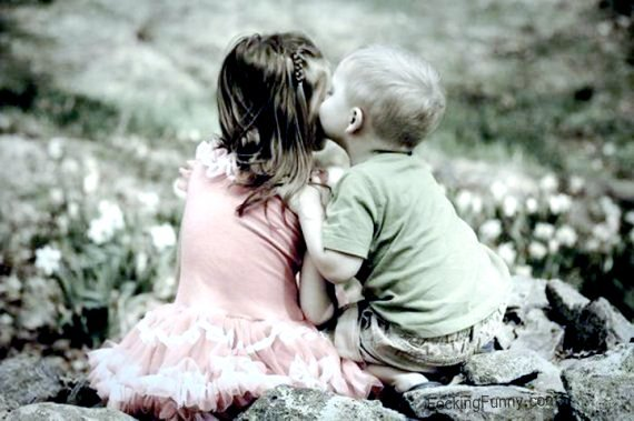 kissing-boy-girl
