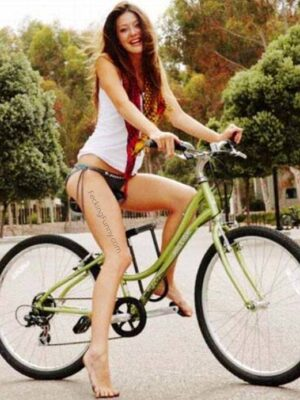 How to ride a bike, as a busty woman?