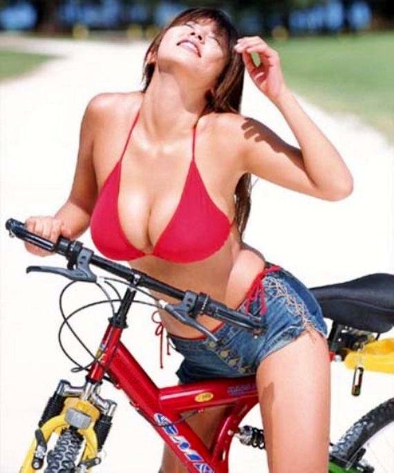 busty-girl-on-bike